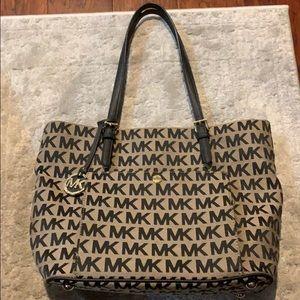Micheal Kora shoulder bag